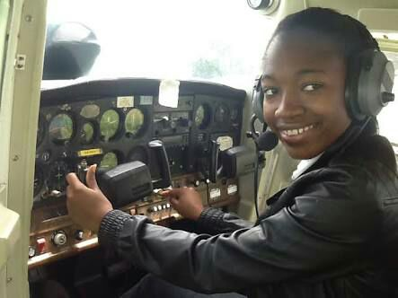 Female pilot (aviation)